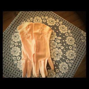 50's Pink Gloves